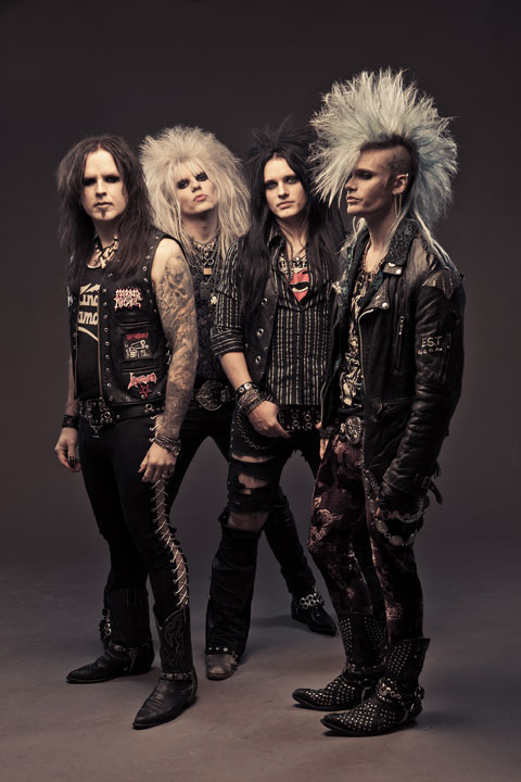 Crashdiet tour 2013