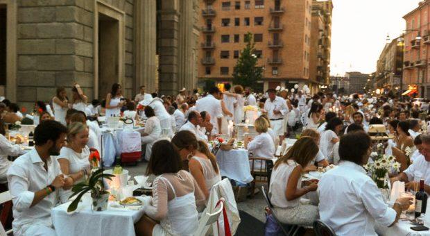 cena-in-bianco-2013-milano-4