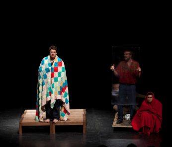 hamlet teatro parenti milano