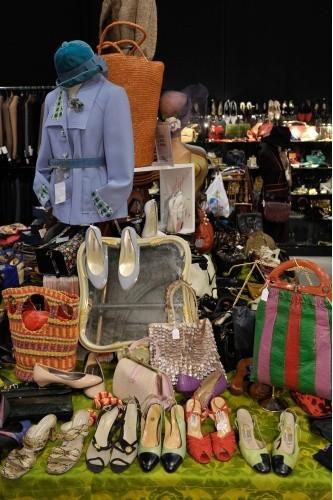 Vintage a Milano  negozi dove scovare l abito dei vostri sogni ... 98abe0ae34f