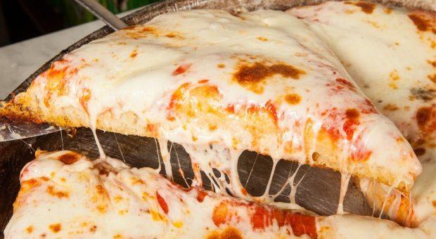 Ricetta Pizza Spontini.Spontini Darsena Milano Primo Negozio Aperto Tutta La Notte