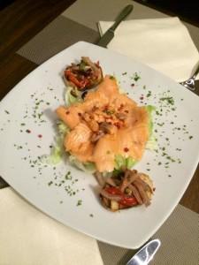 mama restaurant milano salmone