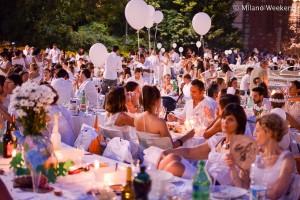 Cena in bianco Piazza Castello Milano 2015-10