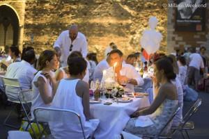 Cena in bianco Piazza Castello Milano 2015-2
