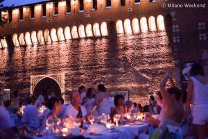 Cena in bianco Piazza Castello Milano 2015-3