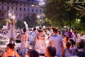 Cena in bianco Piazza Castello Milano 2015-4