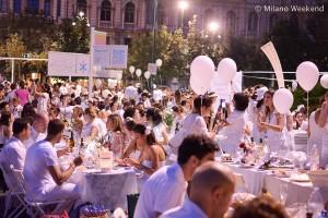 Cena in bianco Piazza Castello Milano 2015-5