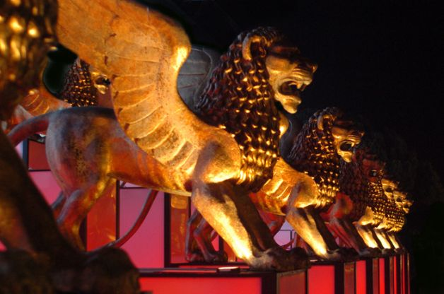 leoni-mostra-venezia