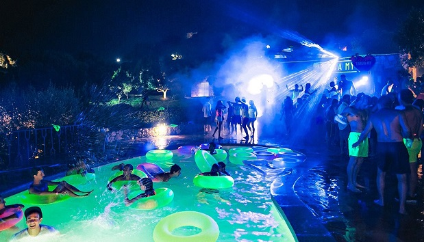 festa in piscina milano fluo party al lido milano weekend