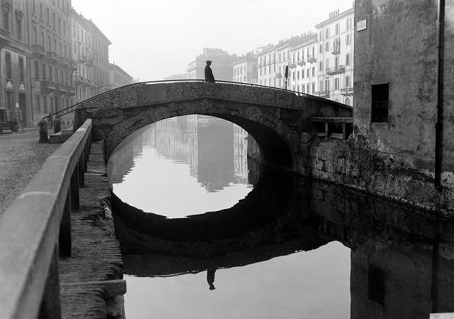Milano citt d 39 acqua la mostra fotografica a palazzo morando for Materiale fotografico milano
