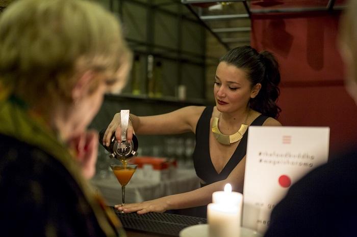 Me Geisha Roma bartender