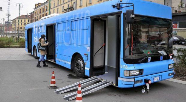 Bagni pubblici milano: arriva il primo toilet bus