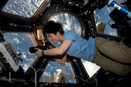 Astrosamantha film