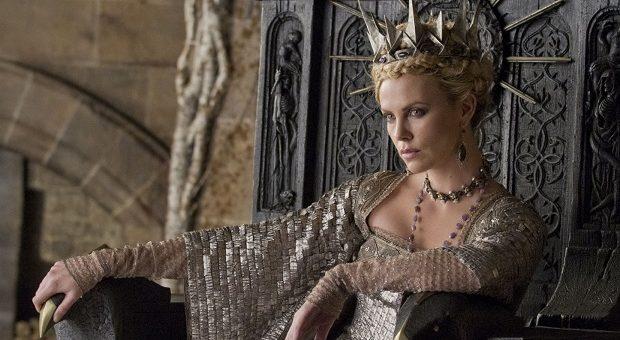charlize theron il cacciatore e la regina di ghiaccio recensione