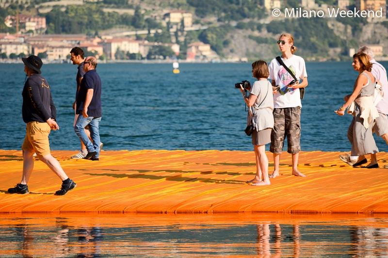 Floating Piers alba Milano Weekend-18