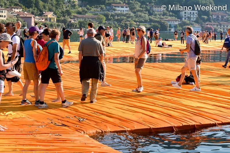 Floating Piers alba Milano Weekend-21