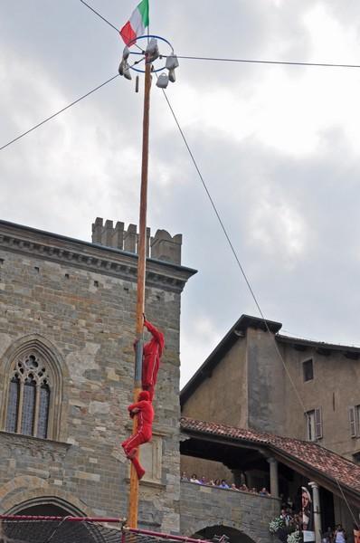 Castello delle sorprese Buronzo palo cuccagna
