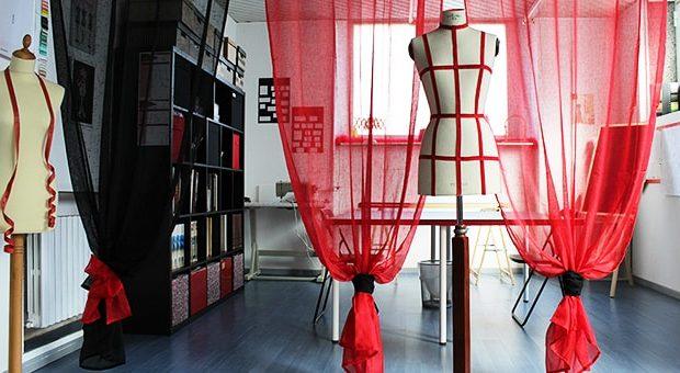 Il teatro della moda a milano i corsi per l 39 haute couture for Scuola di moda milano costi