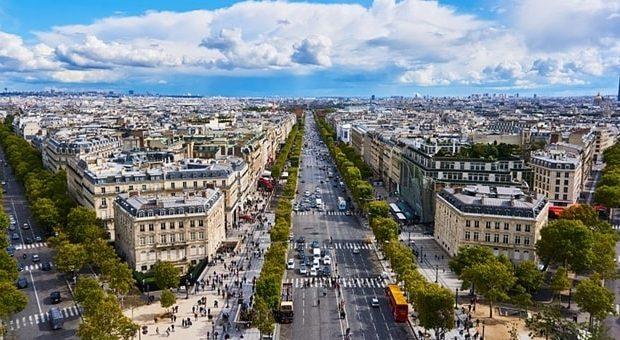 Corso Sempione come gli Champs Élysées