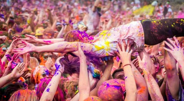 holi summer festival carroponte