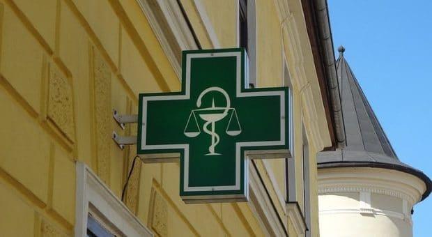 farmacie aperte 24 ore milano