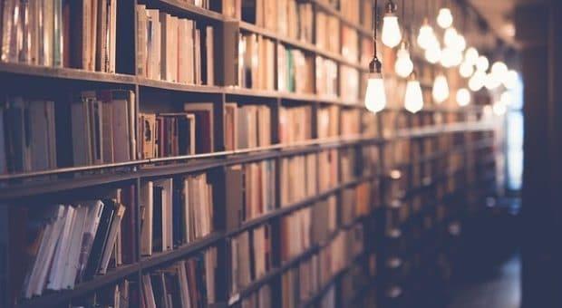 biblioteche aperte di sera milano