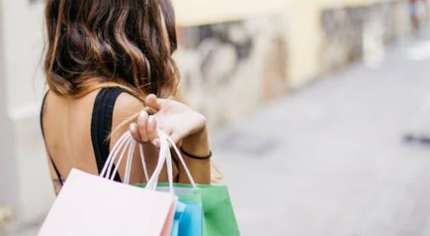 Pagare con la carta di credito: vantaggi