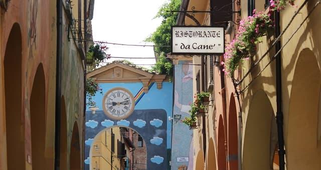dozza-murales