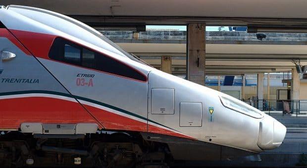Frecciarossa-Trenitalia-wikipedia-min