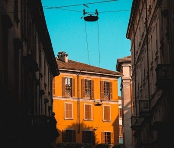 palazzo-milano-tramonto-min