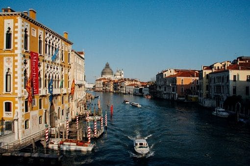 veduta-venezia-canale