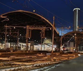 Milano,_stazione_Centrale