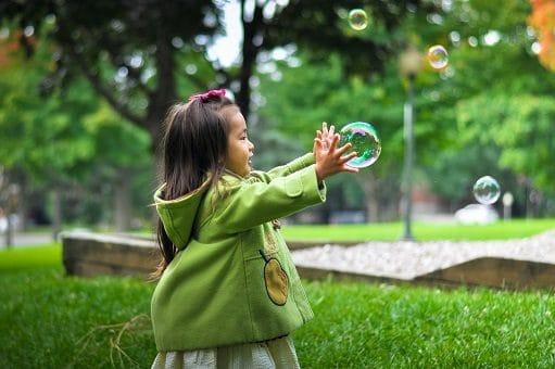 bambina-bolle-sapone