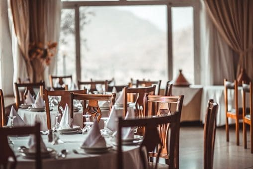 ristorante-tavoli-sedie