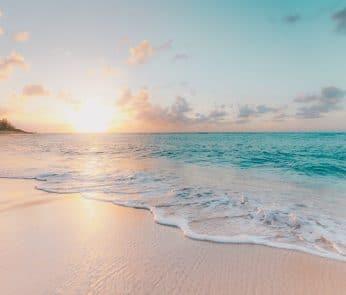 spiaggia-mare-tramonto