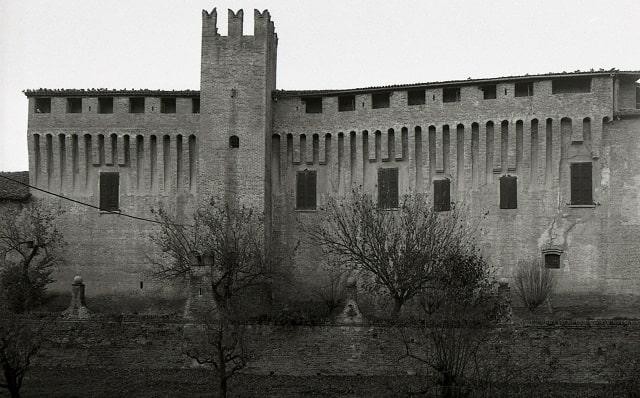 castello-maccastorna-min