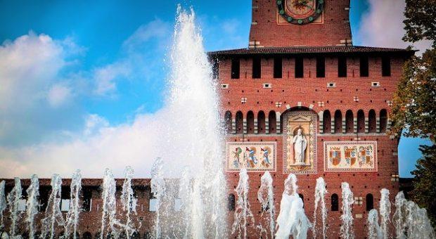 castello-sforzesco-fontana-min