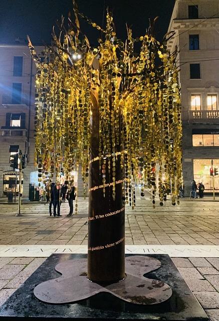 albero-piazza-croce-rossa-montenapoleone-min