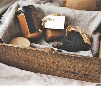 pacco-regalo-solidale-milano-min-min