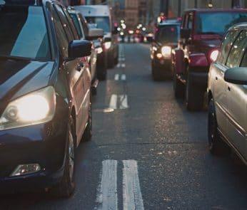 traffico-strada-auto